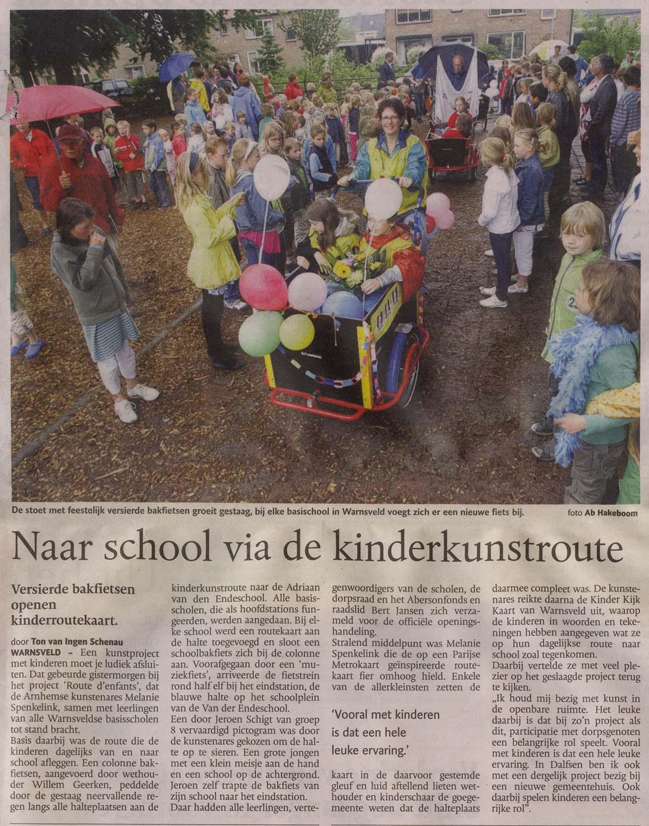 Naar_school_via_kinderkunstroute_17mei2008_De Stentor